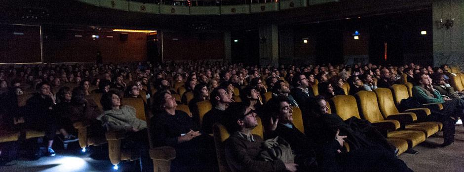 Lo-schermo-dellarte-Cinema-Odeon-la-proiezione-di-Peggy-Guggenheim-Art-Addict-photo-by-Naima-Savioli